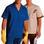 Calça de elástico em brim leve + Jaleco curto gola sport mg curta em brim leve + Jaleco tipo pólo sem gola manga curta em brim leve.