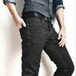 Camisa masculina manga longa em cedromix + Colete masculino em risca de giz + Calça masculina modelo jeans em brim.